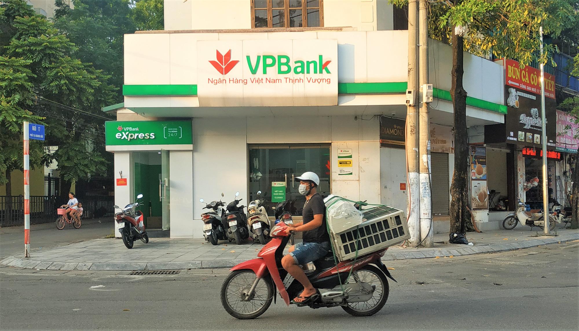 Vốn hóa cổ phiếu ngân hàng tăng 43.500 tỷ đồng sau phiên hồi phục - Ảnh 1.