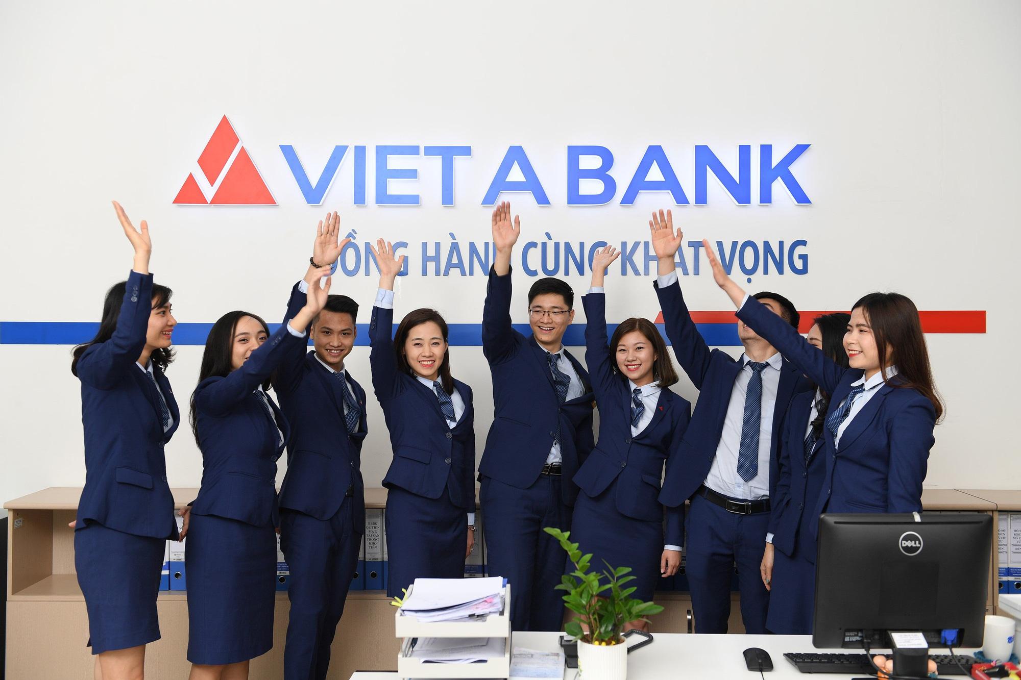 Thị trường chứng khoán chuẩn bị đón thêm một cổ phiếu ngân hàng - Ảnh 1.