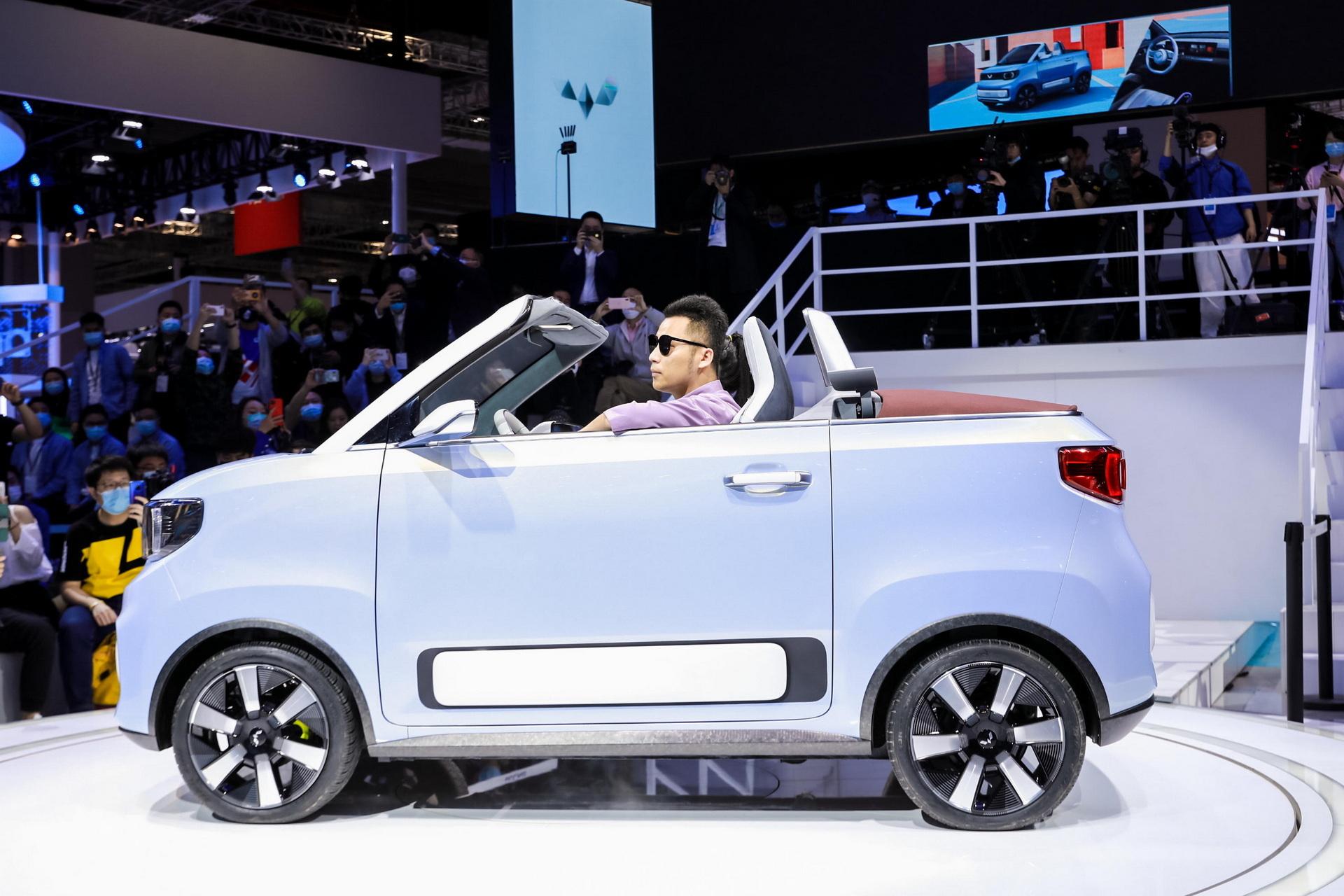 Nhà sản xuất ô tô điện hàng đầu Trung Quốc chỉ lãi gần 14 USD/chiếc - Ảnh 1.