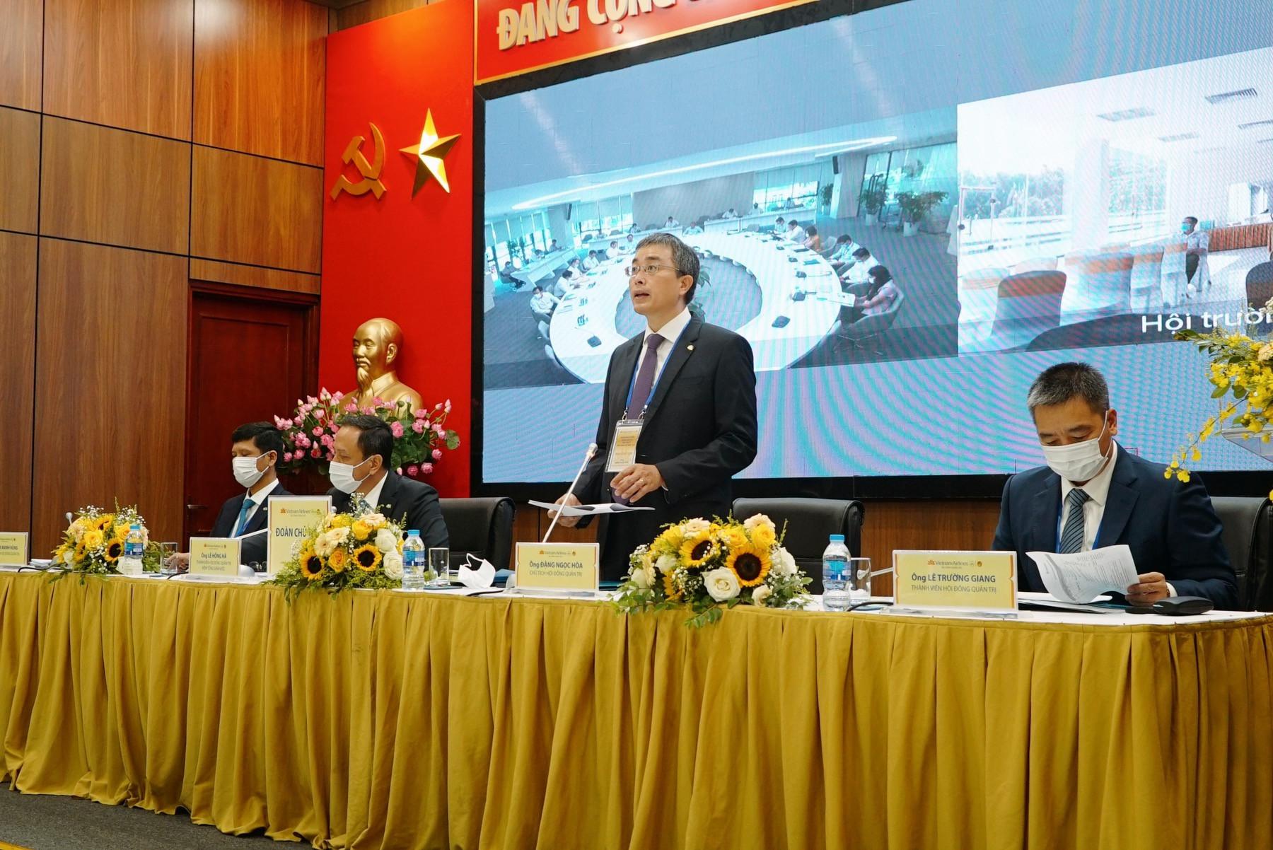 Vietnam Airlines: Doanh thu chở hàng lớn hơn chở khách, tại sao chưa lập hãng chuyên chở hàng hóa? - Ảnh 1.
