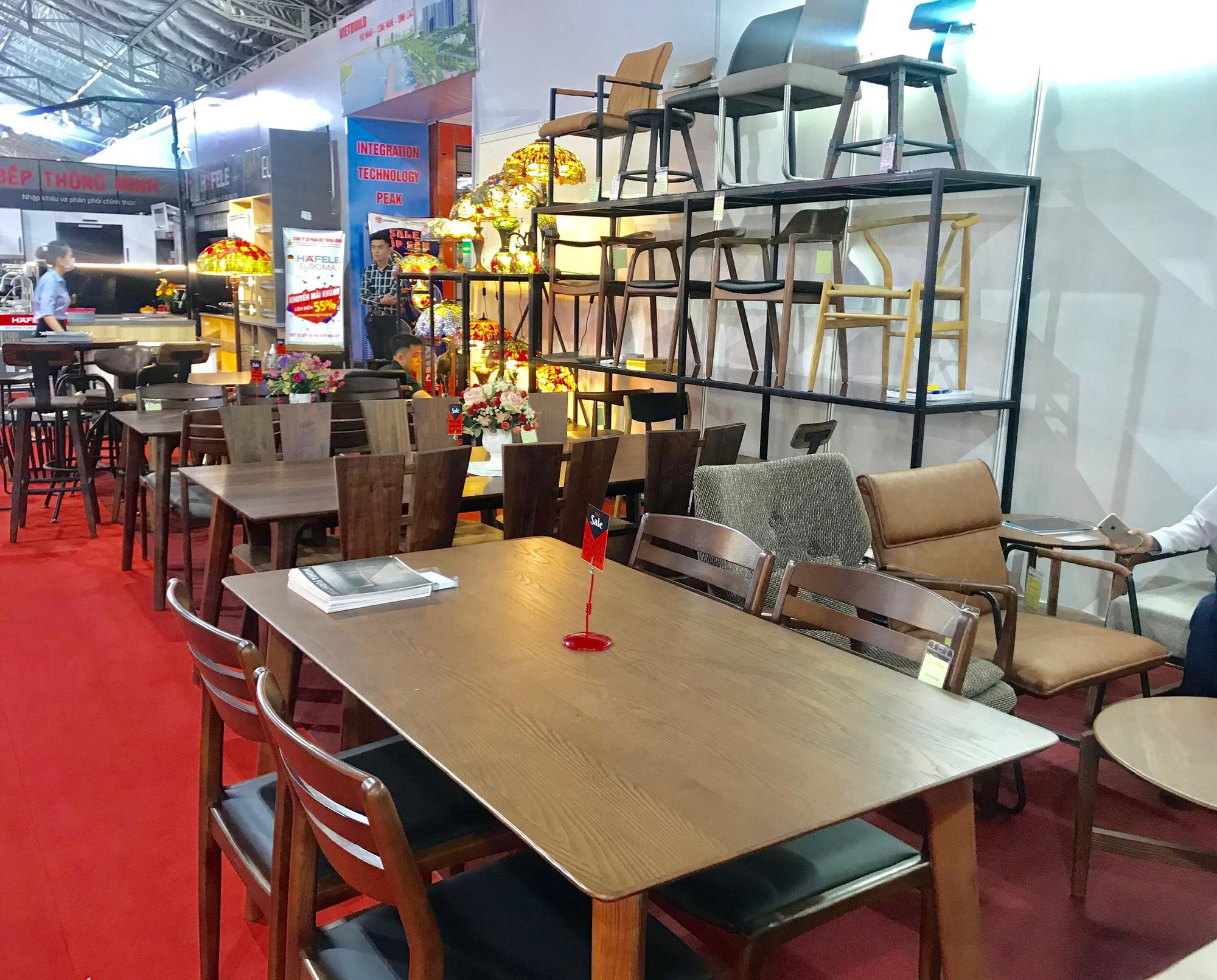 Việt Nam tiếp tục là thị trường cung cấp đồ nội thất gỗ hàng đầu cho Mỹ - Ảnh 1.