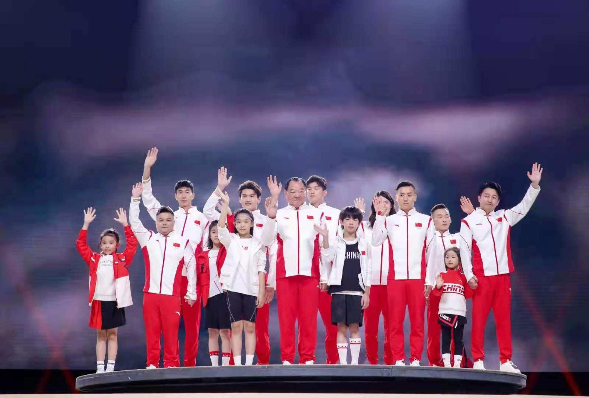 Quốc gia nào có trang phục thi đấu đắt giá nhất tại Olympic Tokyo 2021? - Ảnh 3.