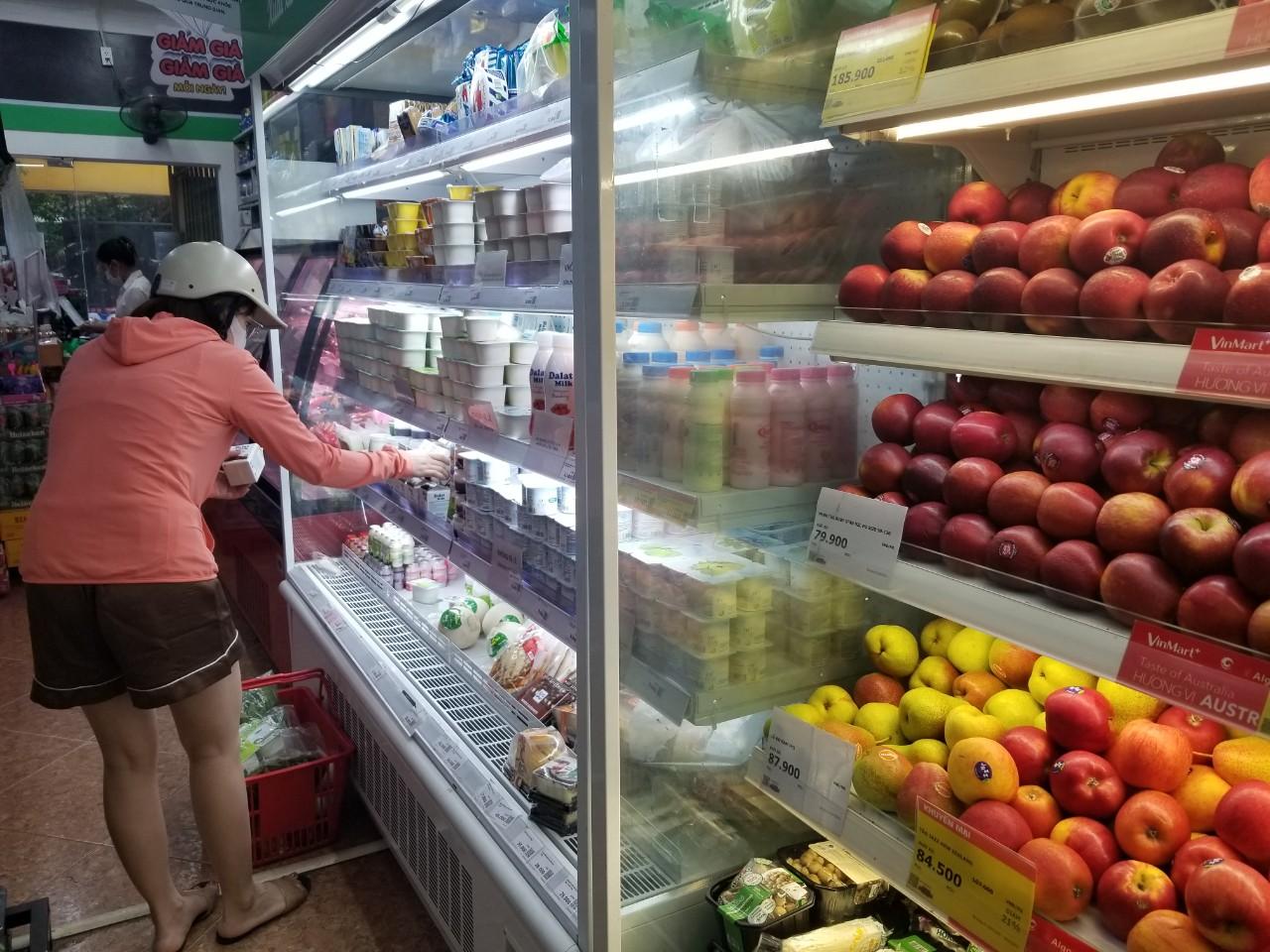 Dân Hà Nội đi chợ kiểu: 'Chị chả cần tích trữ, ngày nào chị cũng đi chợ' - Ảnh 10.