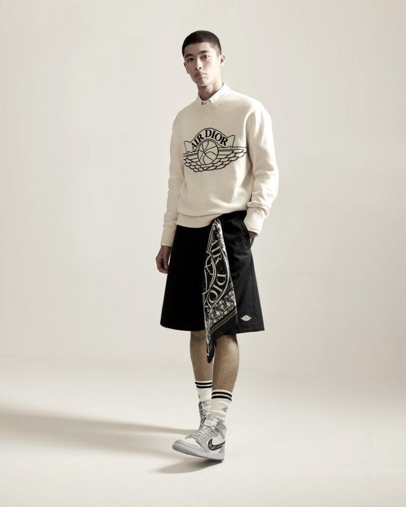 Gen Z - Lý do đằng sau sự hợp tác giữa BTS với Louis Vuitton, EXO và Gucci, Hermès với Apple và Dior với Nike  - Ảnh 3.