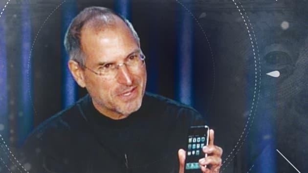 Đơn xin việc viết tay vào năm 18 tuổi của Steve Jobs đang được tái đấu giá dưới dạng NFT - Ảnh 1.
