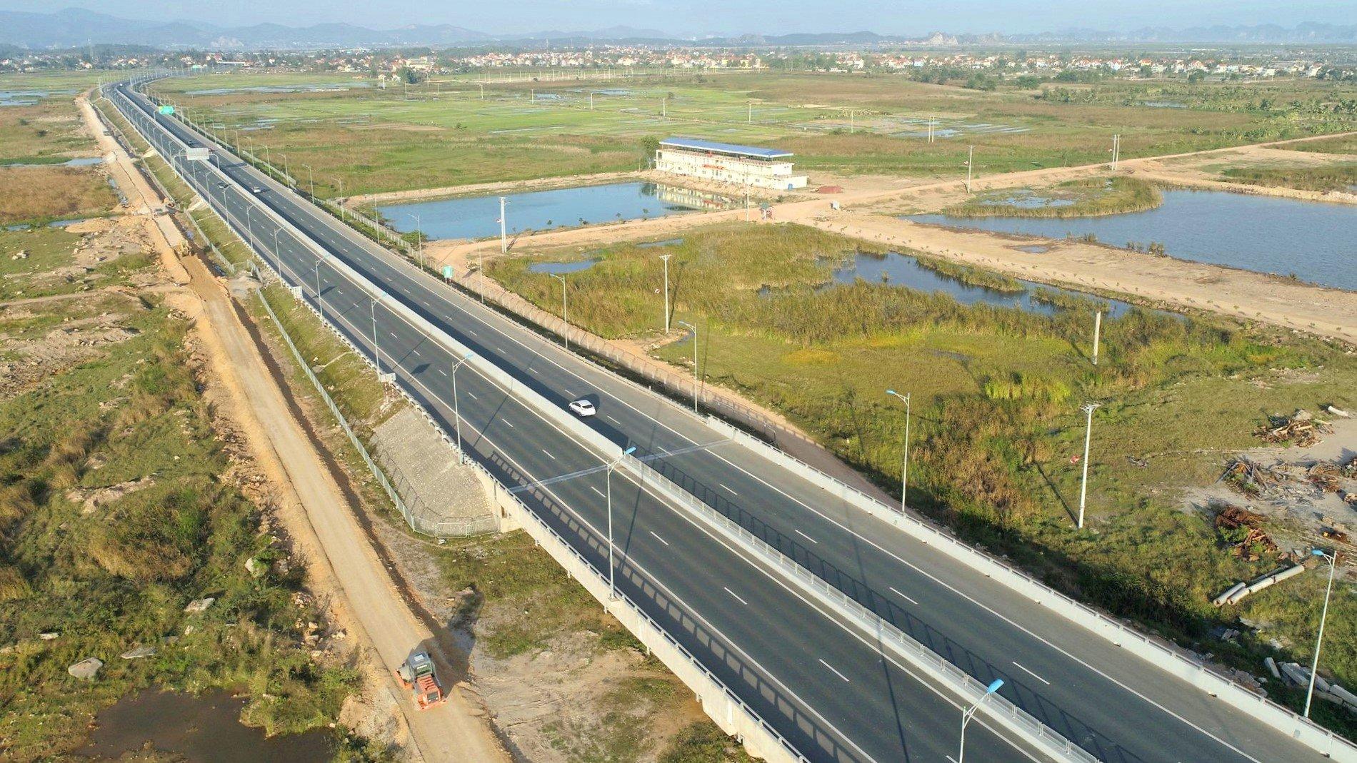 Quảng Ninh dự kiến hoàn thành mặt bằng cho dự án 10 tỷ USD vào cuối năm - Ảnh 1.