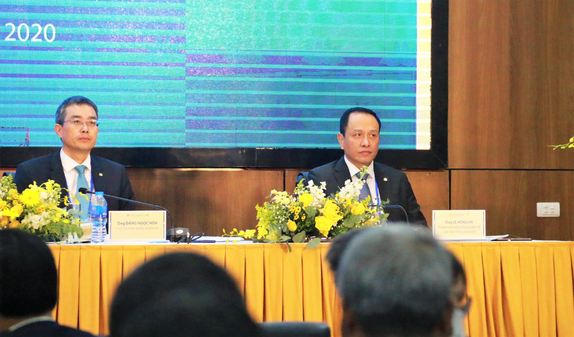 Lãnh đạo và nhân viên Vietnam Airlines sở hữu bao nhiêu cổ phiếu HVN? - Ảnh 1.