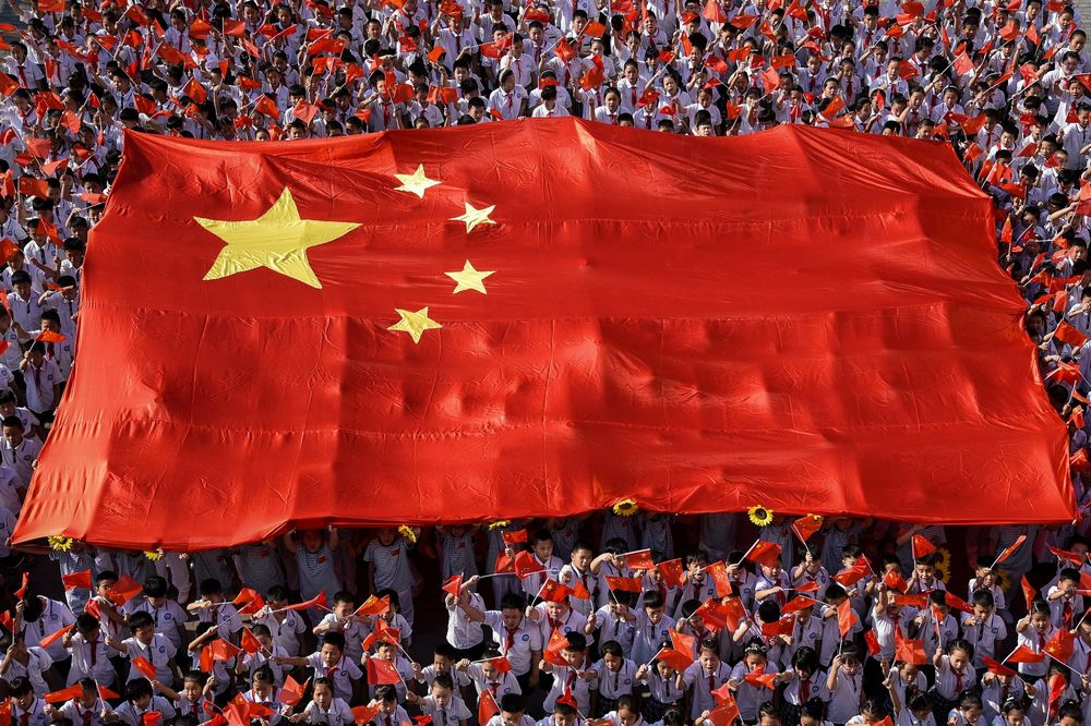 'Đội quân bắt đáy' quay trở lại, chớp thời cơ cổ phiếu Trung Quốc lao dốc thảm - Ảnh 1.