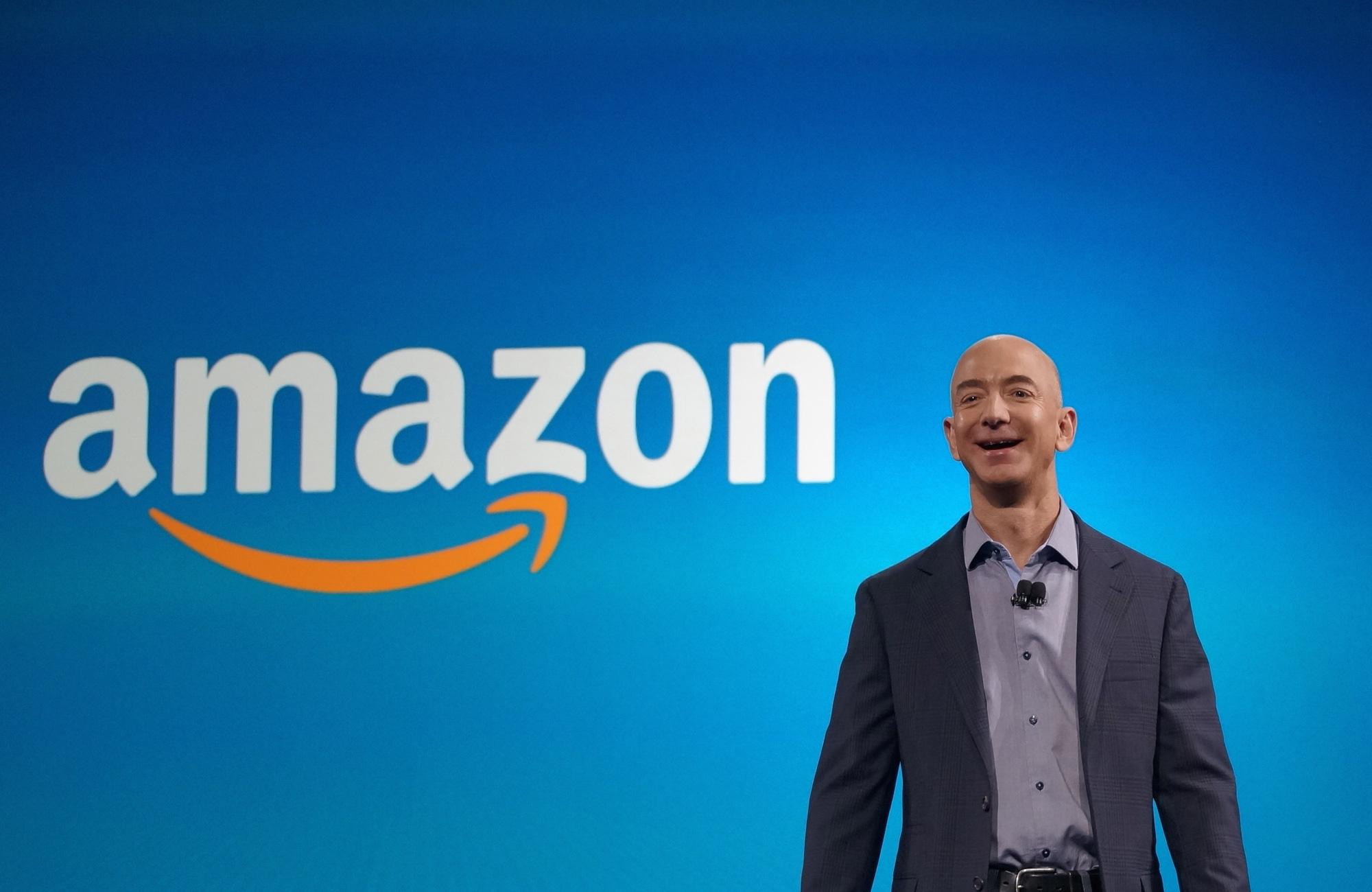 Tỷ phú Jeff Bezos đã làm gì để biến Amazon trở thành đế chế tỷ đô? - Ảnh 2.