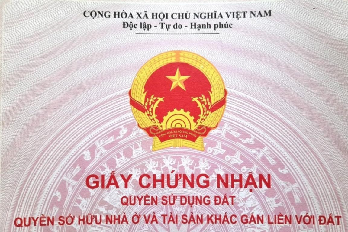 Bộ Tài nguyên và Môi trường đề nghị sổ đỏ phải ghi tên cả 2 vợ chồng