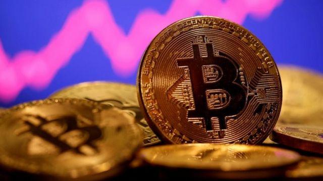 Bitcoin, ethereum sụt giảm trước quan ngại về sự phục hồi kinh tế toàn cầu - Ảnh 1.