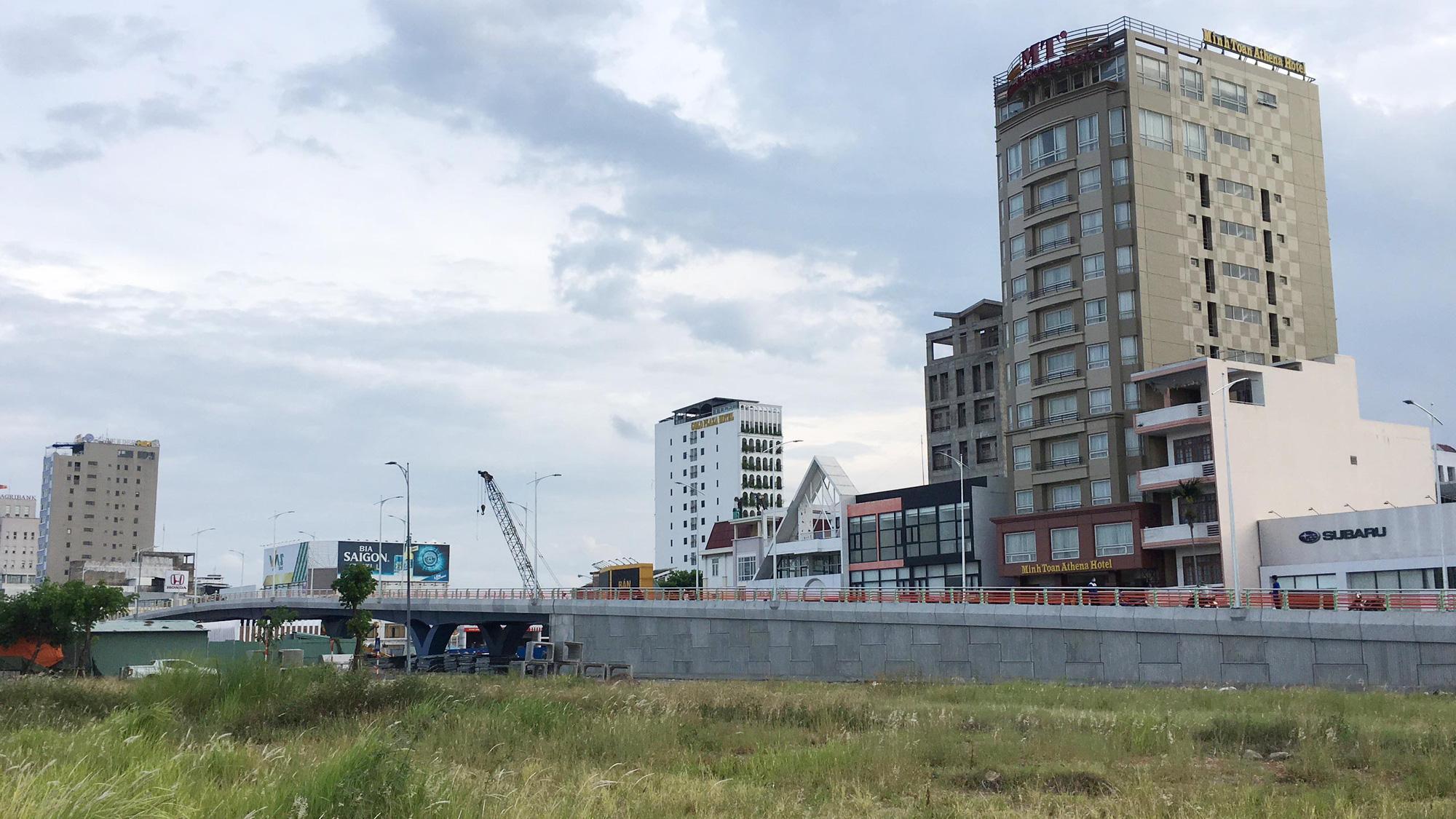 Cầu vượt đường 2 tháng 9 Đà Nẵng thành hình sau 15 tháng thi công - Ảnh 9.