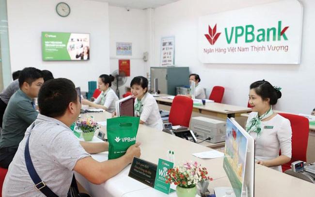 VPBank bỏ xa các nhà băng khác về biên lãi ròng, sẽ phát hành riêng lẻ 15% cho cổ đông chiến lược nước ngoài - Ảnh 1.