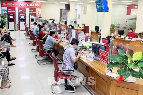 Agribank giảm 10% lãi suất thẻ tín dụng từ kỳ sao kê tháng 8/2021 - Ảnh 1.
