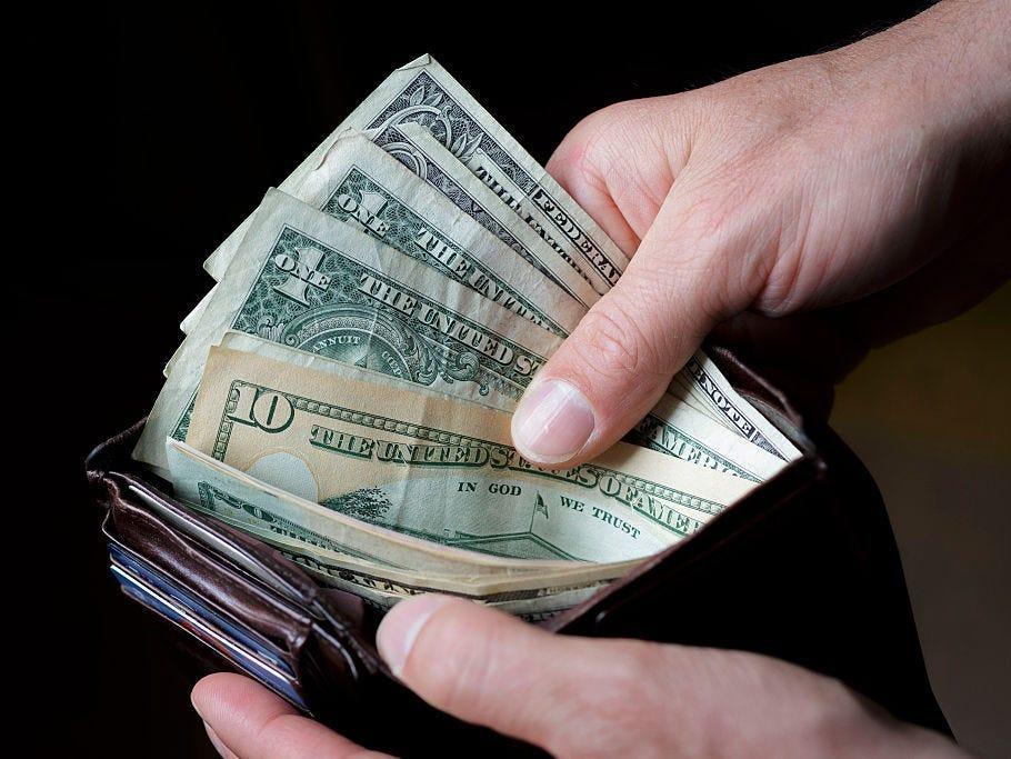 """7 bài học tài chính, tiết kiệm học từ """"Cha giàu cha nghèo"""" - Ảnh 1."""