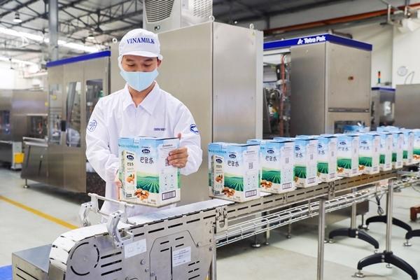 Vinamilk tiếp tục khẳng định uy tín về xuất khẩu, tăng trưởng ổn định trong đại dịch - Ảnh 2.