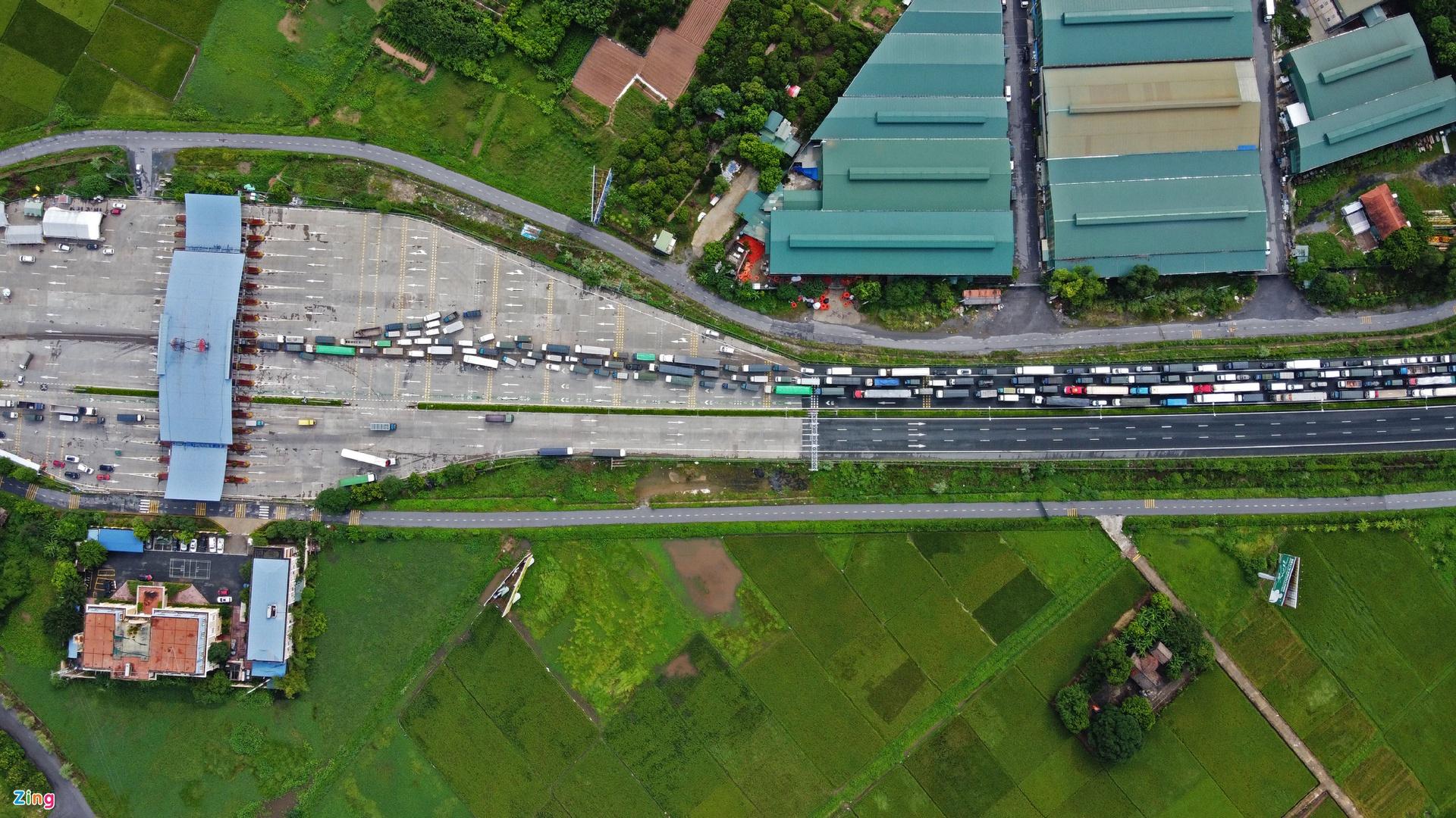 Chống dịch tại Việt Nam: Khoảng cách hàng km... từ quyết tâm tới thực tế - Ảnh 2.