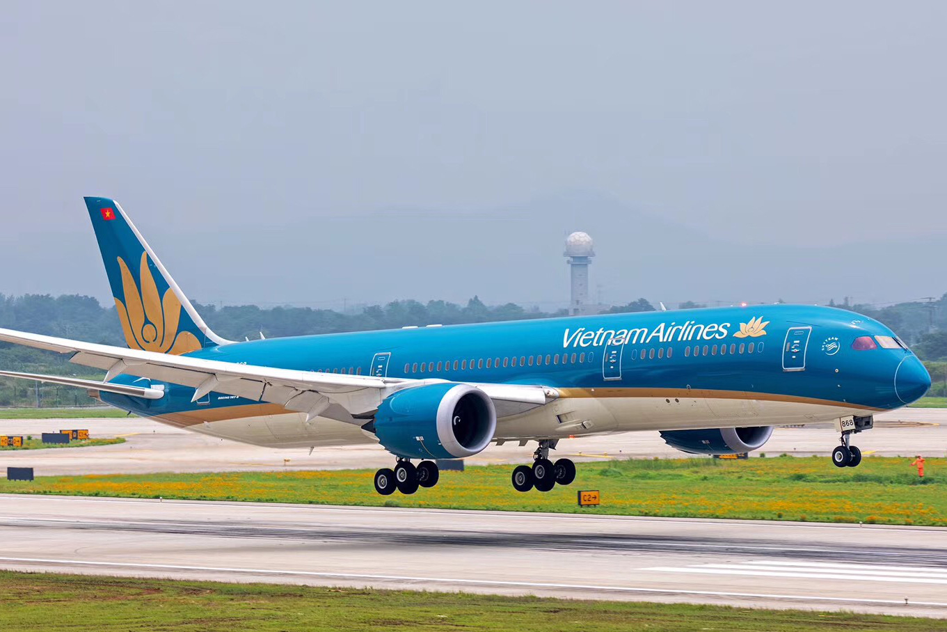 Vietnam Airlines vừa nhận thêm gần 6.900 tỷ đồng vốn Nhà nước từ SCIC