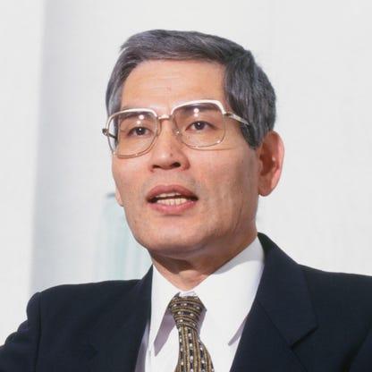 Uniqlo ế hàng giữa mùa COVID-19, ông chủ mất ngay vị trí người giàu nhất Nhật Bản - Ảnh 1.