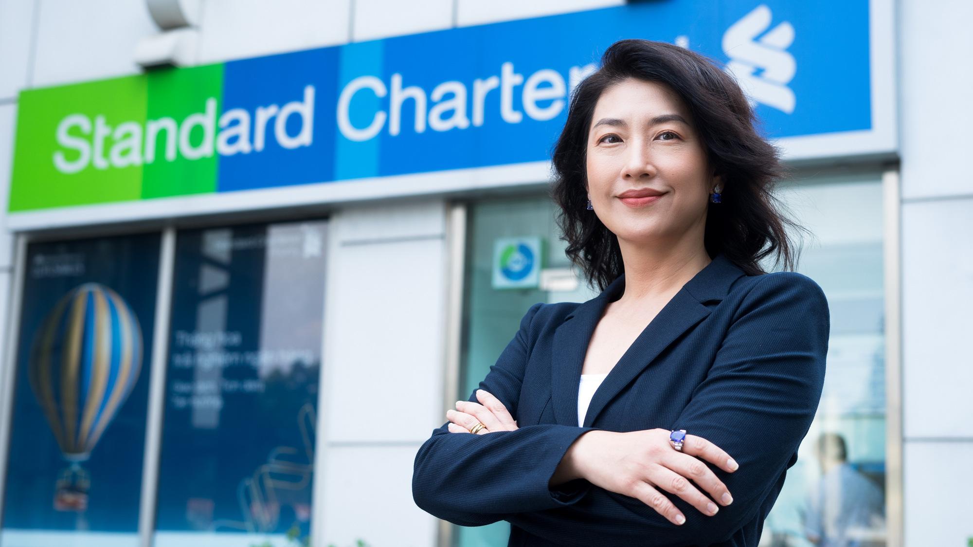 Lãi suất ngân hàng Standard Chartered tháng 9/2021 giảm tại hầu hết kỳ hạn - Ảnh 1.