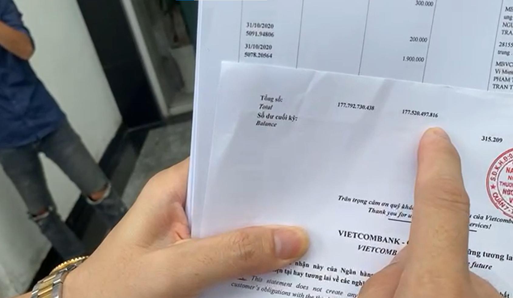 Công Vinh - Thủy Tiên livestream công bố 18.000 trang sao kê 177 tỷ đồng quyên góp ủng hộ đồng bào miền Trung - Ảnh 2.