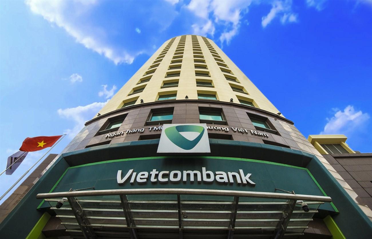 Vốn hóa của Vietcombank đã 'bốc hơi' hơn 72.000 tỷ đồng từ đầu tháng 7 tới nay - Ảnh 1.