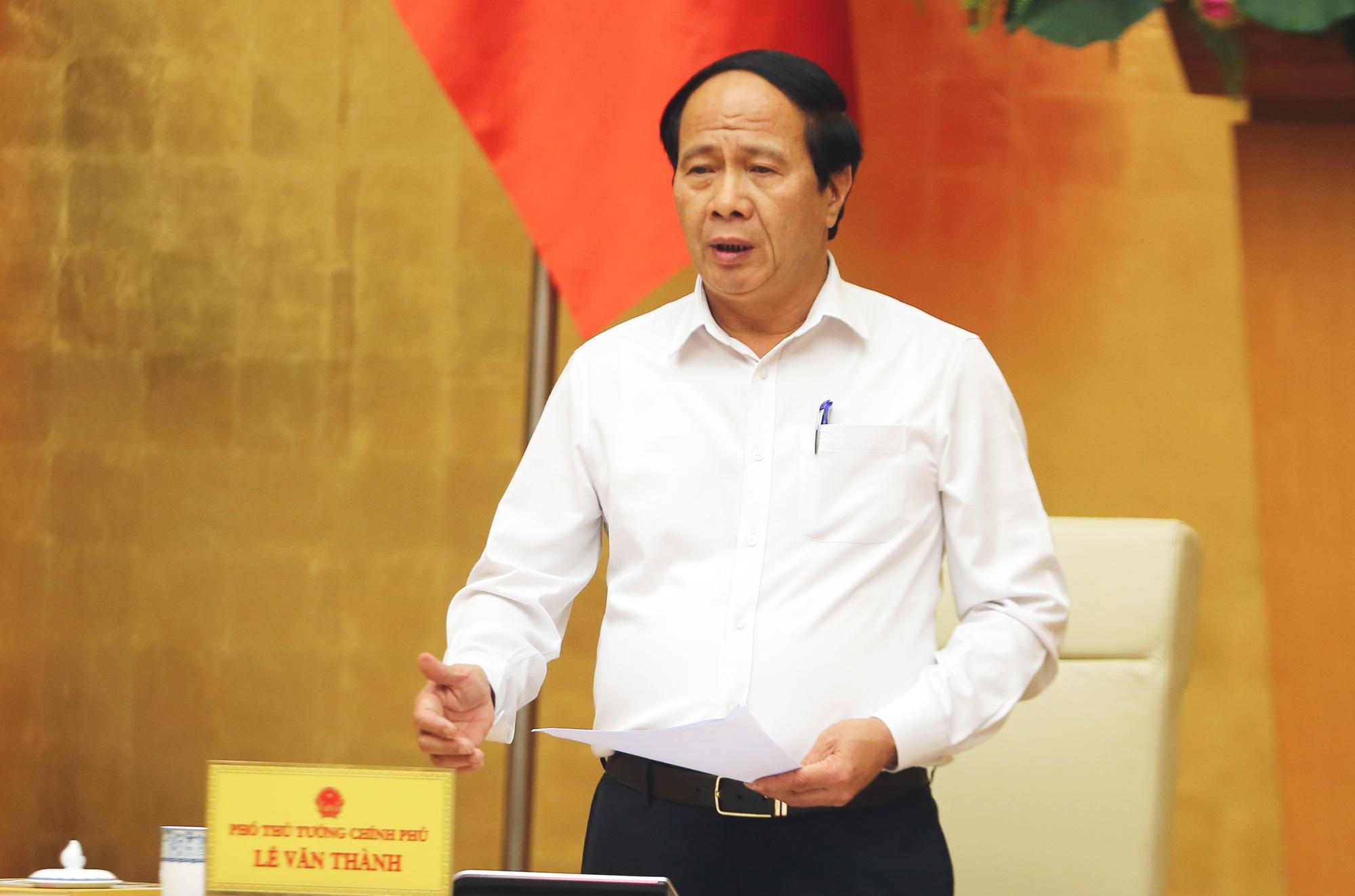 Phó Thủ tướng Lê Văn Thành: Không phải cứ có ca F0 là đóng cửa toàn bộ nhà máy - Ảnh 1.