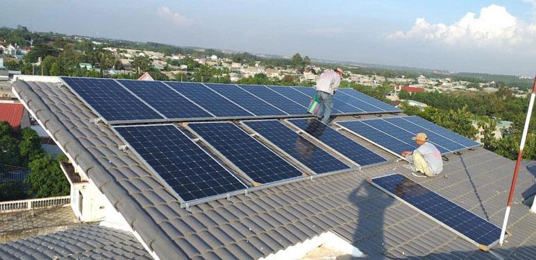 Nhà đầu tư điện mặt trời mái nhà tại Kon Tum đồng loạt 'kêu cứu' - Ảnh 1.