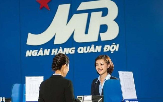 MBBank lãi riêng lẻ 5.718 tỉ đồng trong 9 tháng đầu năm, thu nhập nhân viên đạt gần 33,5 triệu đồng/tháng - Ảnh 1.