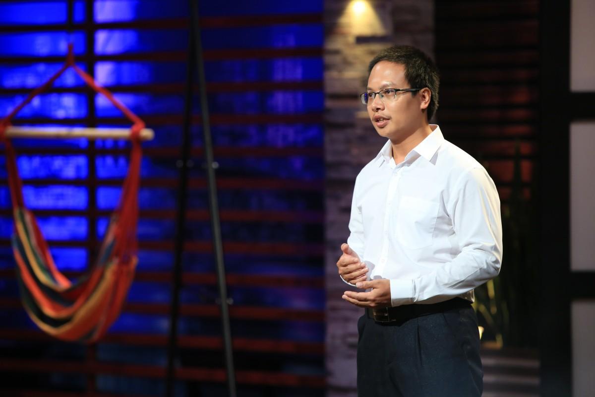 'Cá mập' mới của Shark Tank Việt Nam dùng từ 'ngáo giá' để nhận xét anh chàng định giá công ty 1.000 tỉ đồng - Ảnh 1.
