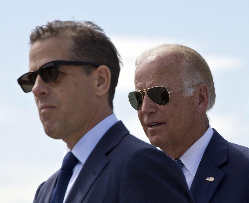Bị ông Trump liên tục công kích, con trai ứng viên Tổng thống Joe Biden sắp từ chức giám đốc công ty Trung Quốc - Ảnh 1.