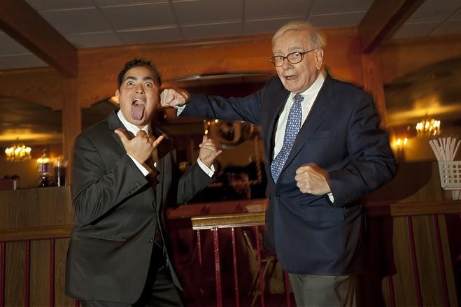 Warren Buffett bán sạch cổ phần, hãng hàng không khó huy động vốn - Ảnh 1.