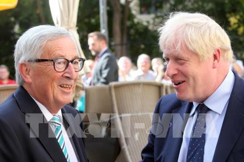 Anh và EU đạt được thỏa thuận Brexit - Ảnh 1.