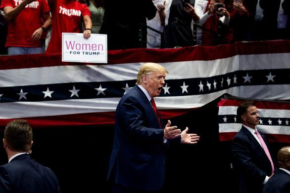 1.000 ngày của Tổng thống Trump: những con số biết nói và phát ngôn chấn động - Ảnh 1.