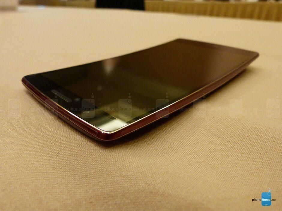 Nhiều lần đi trước Apple, Samsung nhưng LG vẫn 'lận đận' - Ảnh 4.