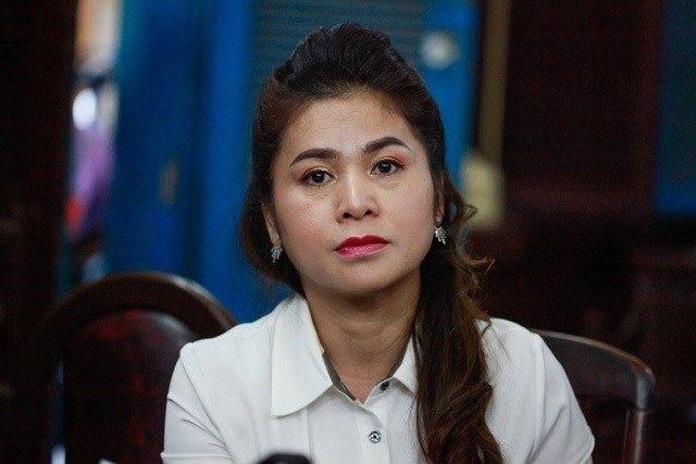 Vụ ly hôn ở cà phê Trung Nguyên: Bà Thảo nhập viện, ông Vũ có mặt từ rất sớm - Ảnh 2.