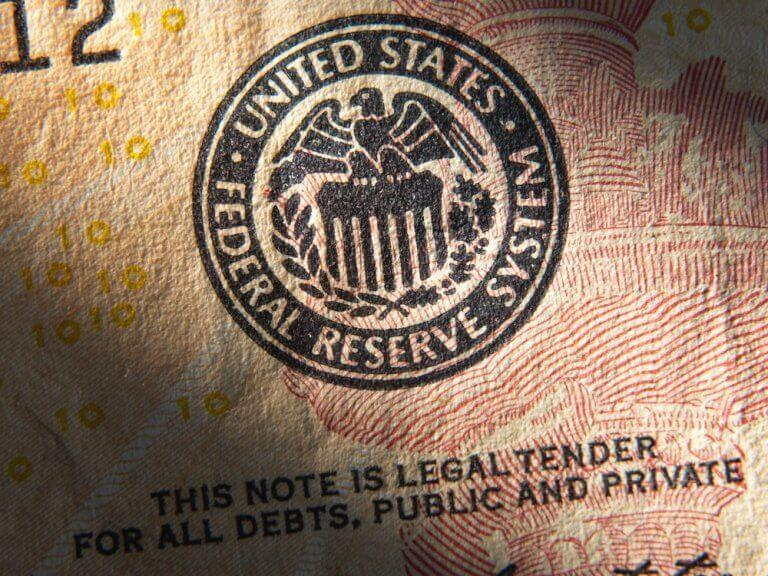 federal-reserve-emblem-768x576