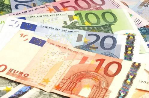 Tỷ giá đồng Euro hôm nay (4/10): Giá bán chợ đen tăng 100 đồng/Euro - Ảnh 1.