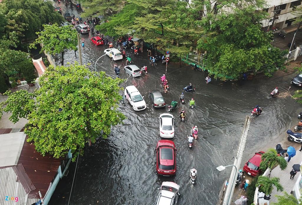Thảo Điền - khu nhà giàu ngập nước, kẹt xe triền miên - Ảnh 13.