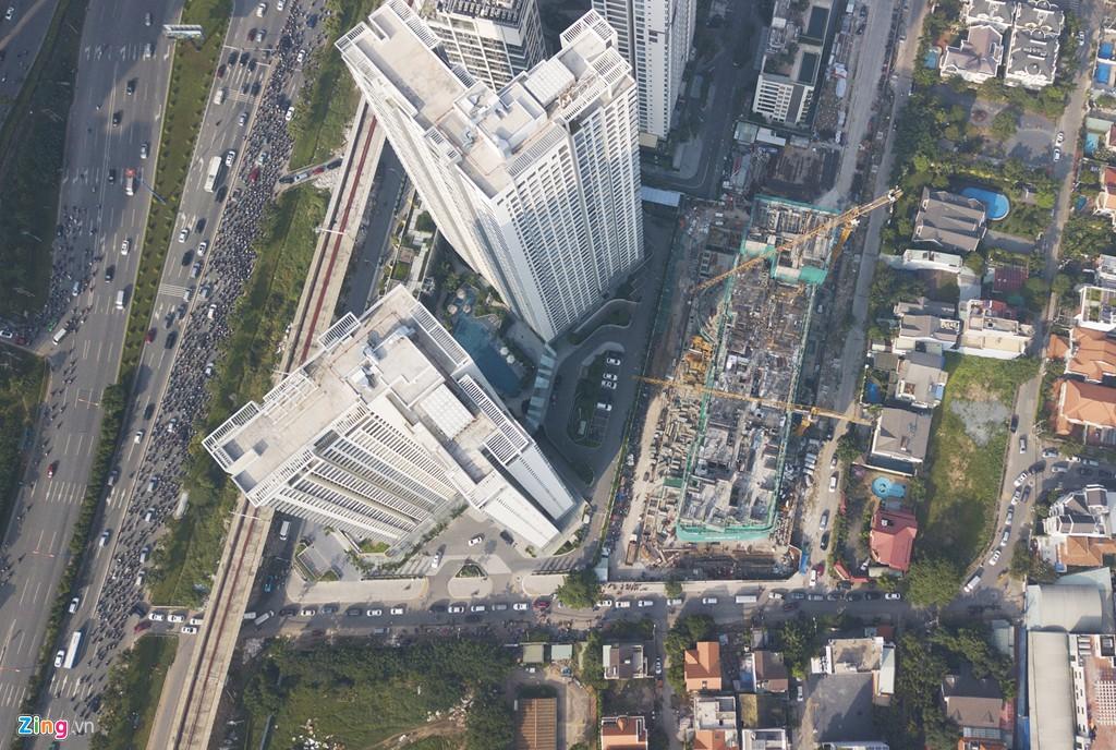 Chung cư, biệt thự ồ ạt mọc lên tại khu nhà giàu bị ngập Thảo Điền - Ảnh 10.