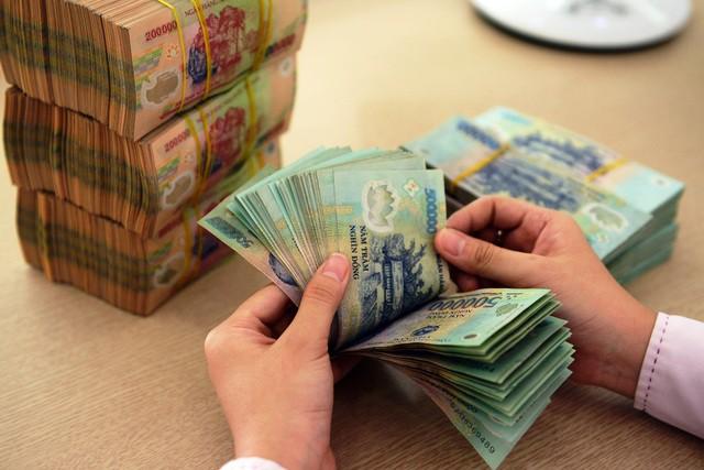 Truy thu 31,4 tỉ đồng tiền thuế từ hàng chục nghệ sĩ có thu nhập 'khủng' - Ảnh 1.
