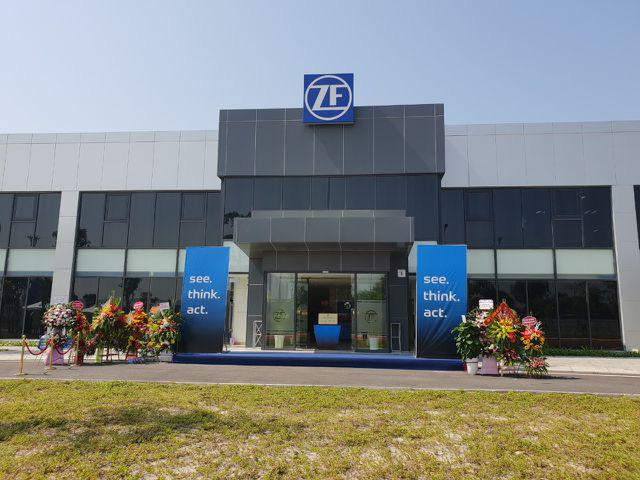 Khánh thành nhà máy ZF của Đức tại Hải Phòng - Sản xuất bộ trục xe cho VinFast - Ảnh 1.