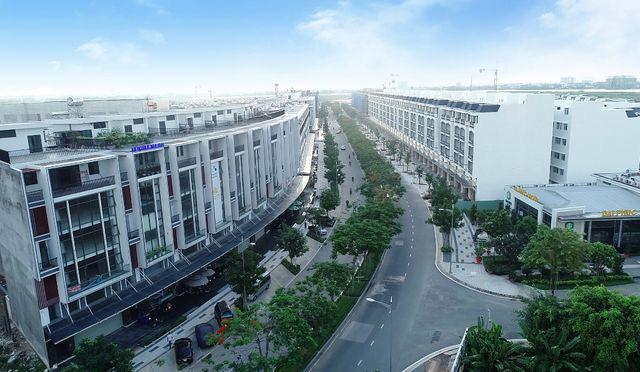 Nhà phố, biệt thự thương mại khan hiếm, giá tăng lên 'nóc' - Ảnh 3.