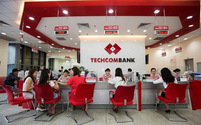 Phó Tổng Giám đốc Techcombank muốn bán ra cổ phiếu TCB - Ảnh 1.