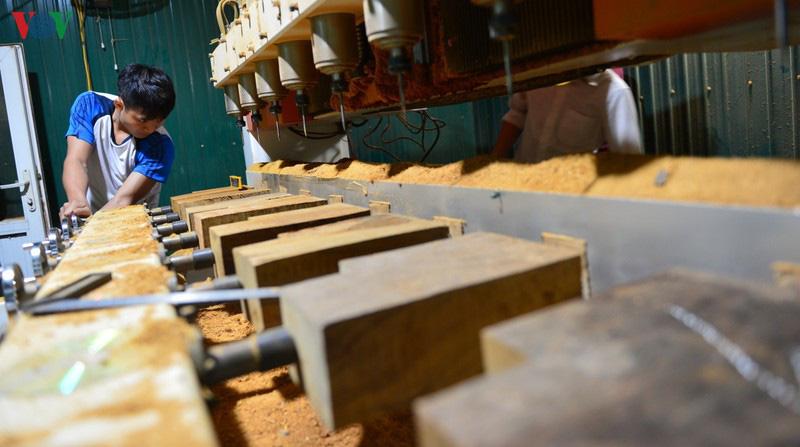 Gian lận thương mại, rủi ro lớn cho ngành gỗ Việt - Ảnh 1.