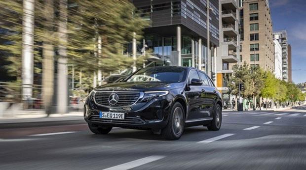 Mercedes-Benz triệu hồi hàng nghìn ô tô tại Trung Quốc - Ảnh 1.