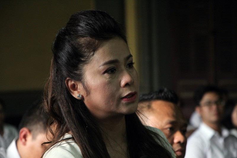 Tình tiết bất ngờ trước phiên xử li hôn vợ chồng Trung Nguyên - Ảnh 2.