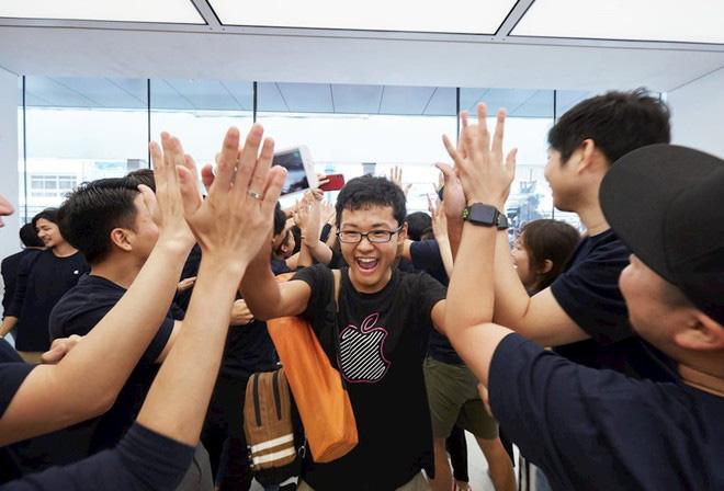 Những 'mánh lới' bán hàng bậc thầy của Apple: Đọc xong mới biết vì sao Apple lại thành công đến vậy - Ảnh 1.