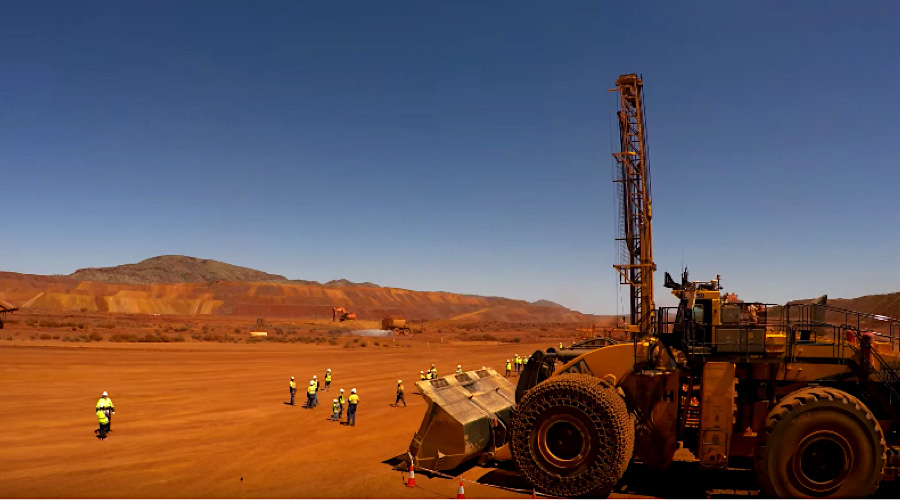rio-tinto-japanese-partners-to-inject-1-55b-into-aussie-iron-ore-projects