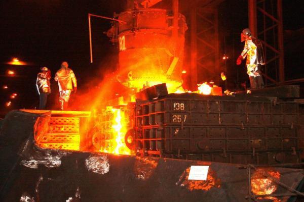 steel-mill-616536_1920_1_0